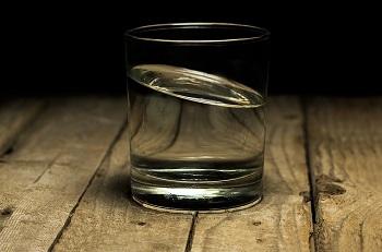 Embodied Intlligence im Wasserglas der künstlichen Intelligenz